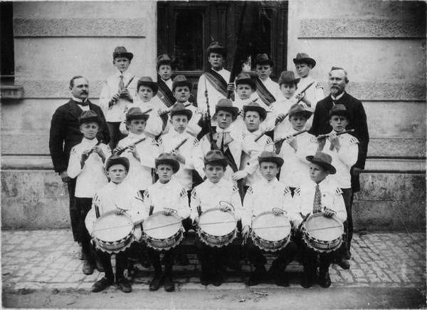 1912 - Kinderspielmannszug_Mellingen_Schule_1